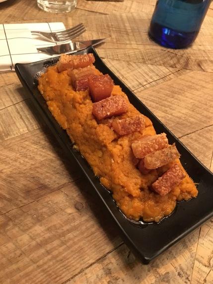 Restaurante paipai - patatas revolconas
